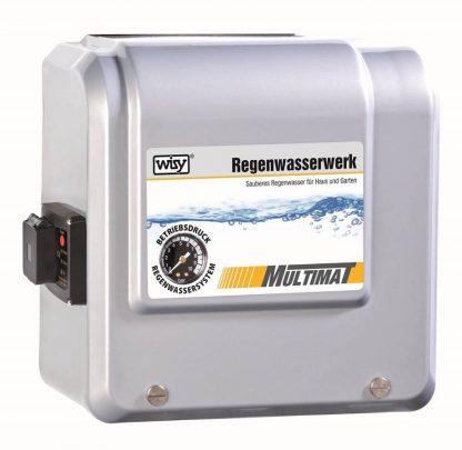 WISY Regenwasserwerk MULTIMAT mit Gehäuse zur geschützten Nachspeisung von Leitungswasser in das Regenwassersystem.